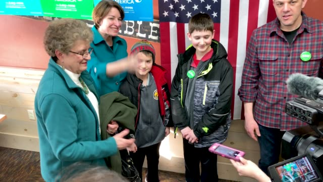 us sen amy klobuchar addresses voters and answers questions while campaigning for the 2020 democratic presidential nomination at the pizza ranch... - presidential candidate stock videos & royalty-free footage