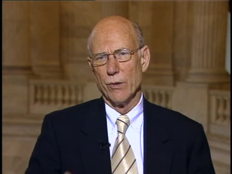 vidéos et rushes de senate intelligence committee chairman pat roberts talks about an intelligence czar, or national intelligence director, as being part of an overall... - united states and (politics or government)