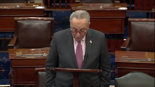 vídeos de stock e filmes b-roll de senate majority leader chuck schumer of new york says in floor remarks that the federal government had a great deal of power to set the direction for... - partido republicano americano