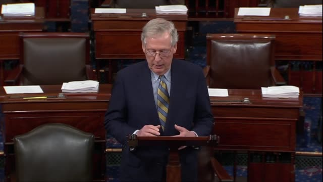 senate majority leader mitch mcconnell of kentucky bets days after a renewed fbi background investigation into supreme court nominee judge brett... - ゴールポスト点の映像素材/bロール