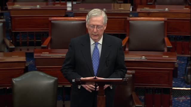 vídeos y material grabado en eventos de stock de senate majority leader mitch mcconnell of kentucky says in a floor speech the morning after the house adopted articles of impeachment against... - alexander hamilton político