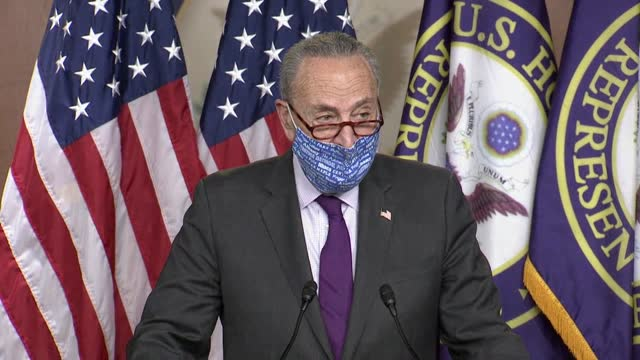 senate minority leader chuck schumer of new york tells reporters at a press conference with house speaker nancy pelosi that republicans and president... - 副代表点の映像素材/bロール