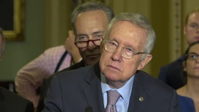 stockvideo's en b-roll-footage met senate minority leader harry reid of nevada tells reporters at a weekly briefing that the koch brothers cannot buy america that he is confident that... - schaakstuk