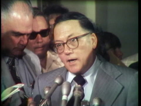 senator and assistant minority leader robert griffin calls for the resignation of president richard nixon. - リチャード・ニクソンの大統領辞任点の映像素材/bロール