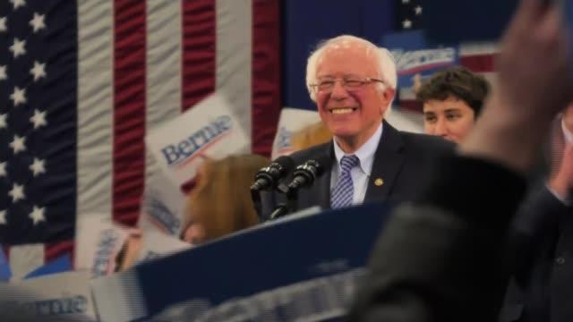 vídeos de stock, filmes e b-roll de senator bernie sanders narrowly wins new hampshire vote as front runner still unclear in democrat race; usa: new hampshire: int senator bernie... - bernie sanders