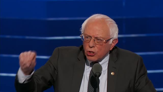 vídeos de stock, filmes e b-roll de senator bernie sanders speaks at the 2016 dnc telling delegates the importance of the election was not about any candidate, gossip, strategies,... - bernie sanders