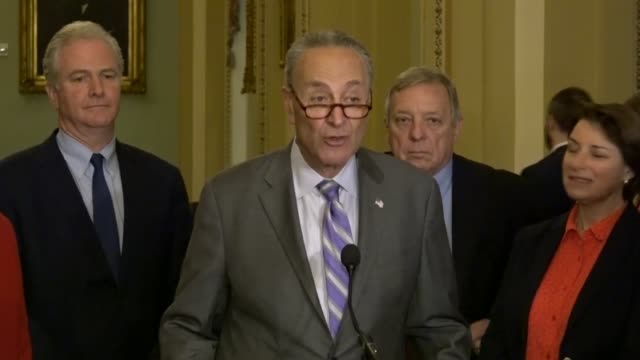 vídeos de stock, filmes e b-roll de senator chuck schumer tells reporters at a weekly briefing that across the country tens of thousands of teachers had marched on state capitals... - snuff