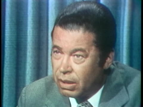 senator edward brooke says president richard nixon will probably announce his resignation during a national television broadcast. - リチャード・ニクソンの大統領辞任点の映像素材/bロール