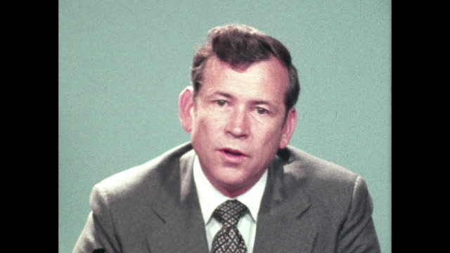 senator howard baker talks about possibility of lockheed going bankrupt and the possibility of a government loan to bail out the company - bancarotta video stock e b–roll