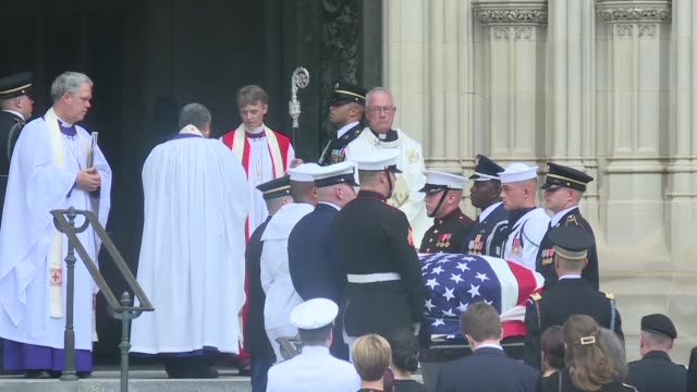 senator john mccain's coffin and family entering washington national cathedral for his final public sendoff in a nationally televised ceremony... - senator stock videos & royalty-free footage