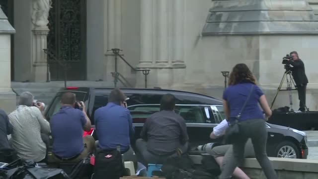 senator john mccain's hearse arriving at washington's national cathedral where his final public sendoff is taking place - hearse stock videos & royalty-free footage