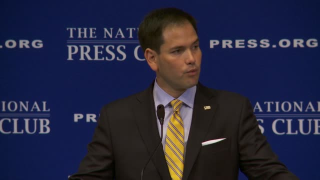 stockvideo's en b-roll-footage met senator marco rubio republican from florida gives a speech at the national press club on retirement social security medicare immigration reform... - republikeinse partij vs