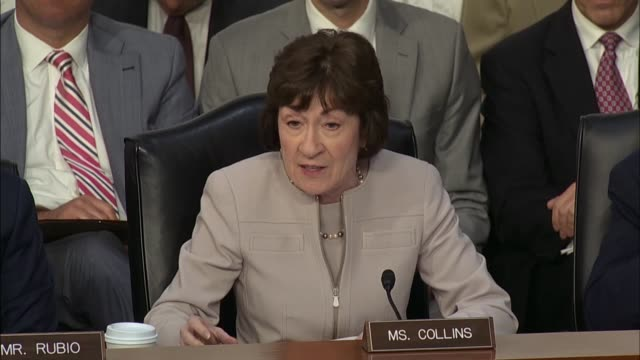 senator susan collins and former fbi director james comey discuss three of his conversations with president donald trump comey saying he was worried... - 整理ダンス点の映像素材/bロール