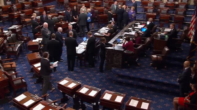senators vote on september 28, 2015 on a motion to close debate on legislation funding the federal government through december 11, 2015. - united states congress stock-videos und b-roll-filmmaterial
