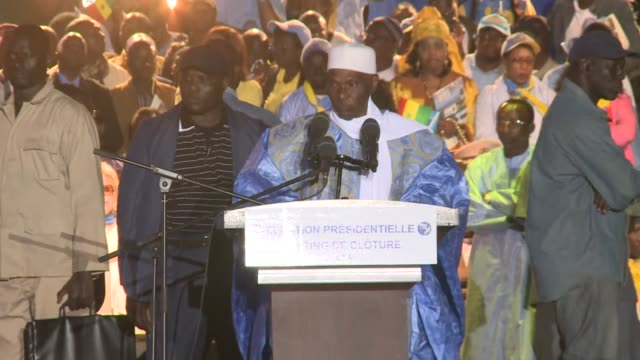 vídeos de stock, filmes e b-roll de senegal's president abdoulaye wade made a final push for votes on friday as the normally peaceful nation wrapped up an election campaign marred by... - senegal