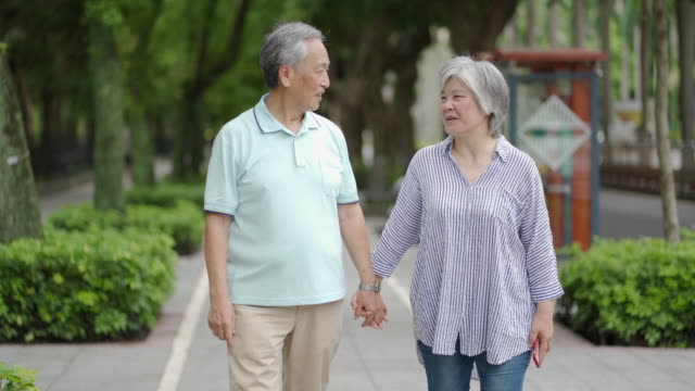 senior couple in the city - pavement stock videos & royalty-free footage