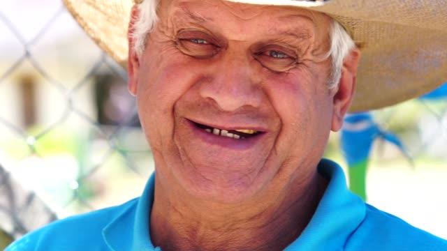 上級農家/田舎男 - リオグランデドスル州点の映像素材/bロール
