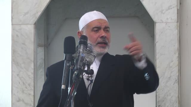 senior hamas leader ismail haniyeh preaches during friday khutba at al-avde mosque in jabaliya refugee camp in gaza city, gaza on january 8, 2016. - friday stock videos & royalty-free footage
