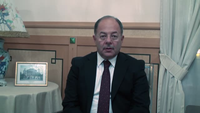 vídeos de stock e filmes b-roll de senior turkish minister has said the world health organization will assist turkey's humanitarian efforts in the rohingya crisis. speaking to anadolu... - prime minister