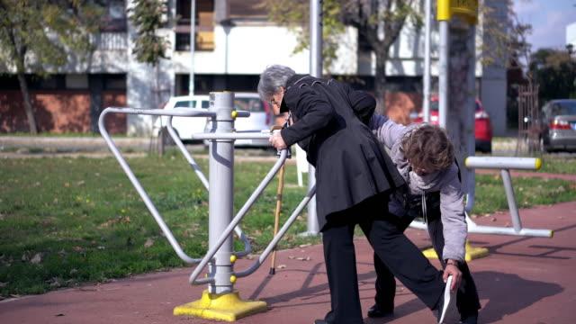 Senior Kvinna Motion utomhus