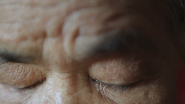 senior woman eyes
