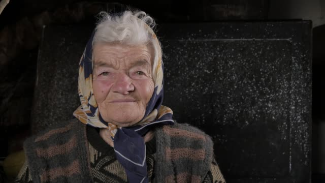 seniors at home, real people - refugee stock videos & royalty-free footage