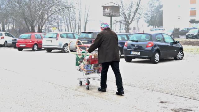 Seniors Grocery Shopping