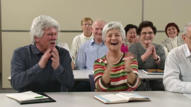 HD: Senioren Spaß nach singen