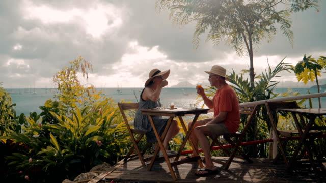 vidéos et rushes de seniors taking on the world - french overseas territory