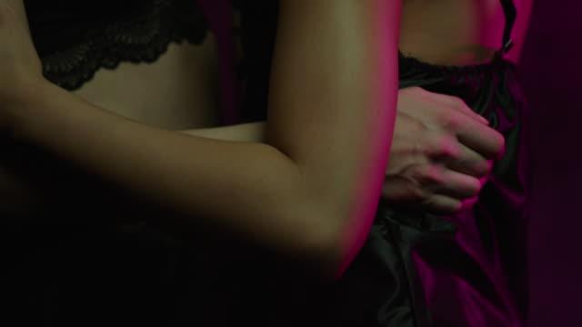 sensual dancing - 2 lesben stock-videos und b-roll-filmmaterial