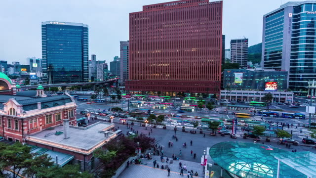 seoul station area - 英字点の映像素材/bロール