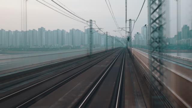 Seoul Subway Line 2 crossing Han River departing and arriving