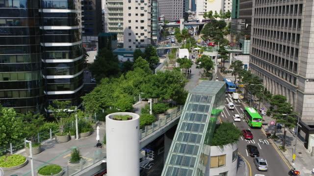 seoullo 7017 / jung-gu, seoul, south korea - personal land vehicle stock videos & royalty-free footage