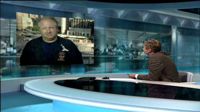 september 11th attacks: five years on; england: london: gir: ext thomas canavan live 2-way interview from new york sot - my memories of 9/11 are of... - september 11 2001 attacks点の映像素材/bロール