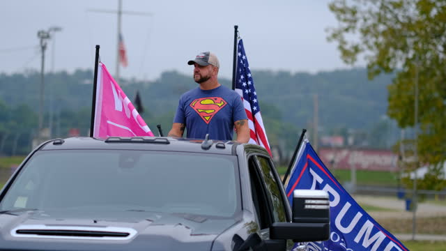 september 12, 2020 - lawrenceburg, indiana usa: trump supporters gather in a parking lot near i-275 near lawrenceburg to participate in a trump... - superman superhero stock videos & royalty-free footage