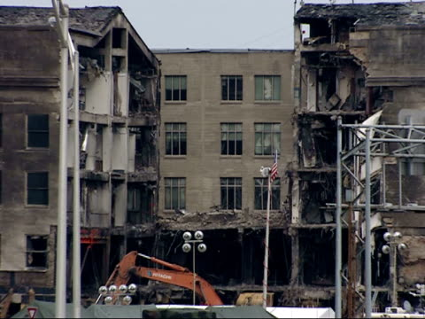 september 21, 2001 damage at the pentagon / arlington, virginia, united states - september 11 2001 attacks点の映像素材/bロール