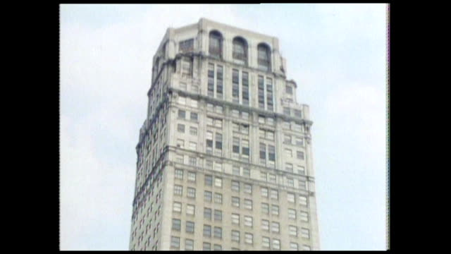 seq. showing detroit skyscrapers in 1986 - zoom out stock videos & royalty-free footage