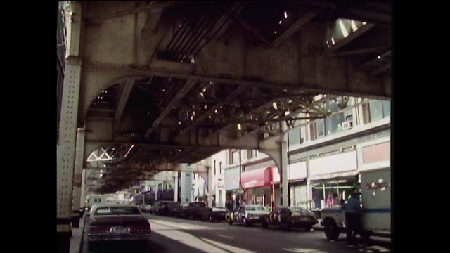 sequence of gvs of chicago buildings in 1988 - chicago elevated stock-videos und b-roll-filmmaterial