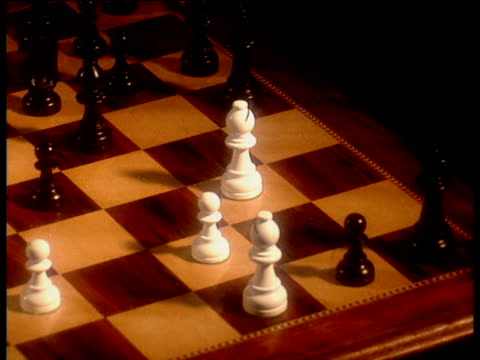 Sequence of moves in chess game