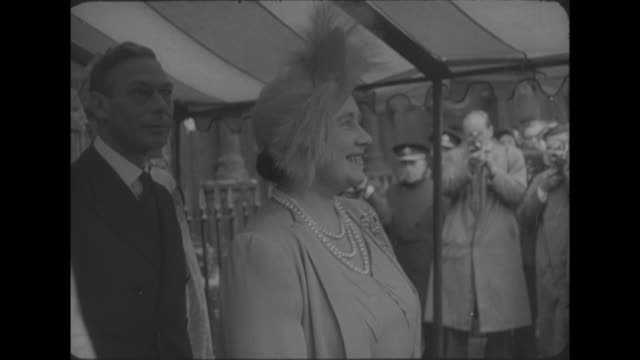 sequence showing king george vi the queen and princess margaret leaving exeter cathedral following a service to celebrate exeter's 900th anniversary... - princess margaret 1950 stock videos and b-roll footage