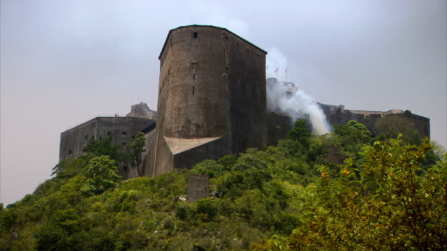 sequence showing views of the solidly fortified citadelle laferrière atop the bonnet a l'eveque mountain, nord department, haiti. - eternity stock videos and b-roll footage