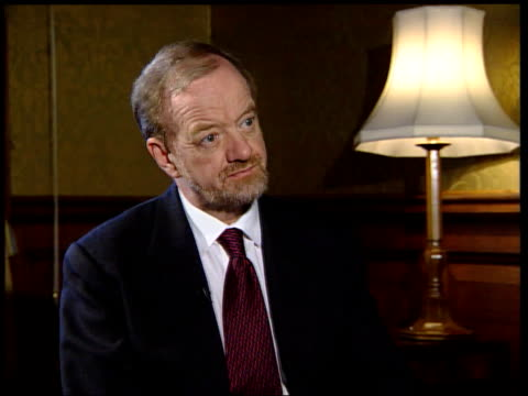 Kosovo NATO Bombing Continues/Refugee Crisis ENGLAND London Westminster Robin Cook MP interview SOT would welcome any move by Belgrade to declare a...
