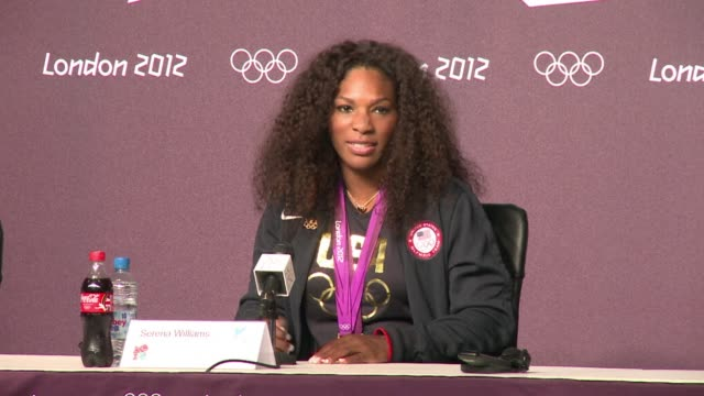 serena williams insisted monday she has no intention of quitting despite having won an elusive olympic singles gold which allowed her to complete a... - gara sportiva individuale video stock e b–roll