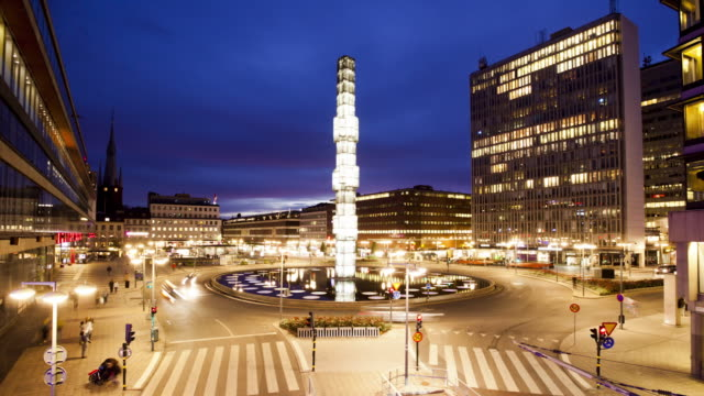 ws tu t/l sergel torg square at dusk / stockholm, stockholm, sweden - stockholm stock-videos und b-roll-filmmaterial