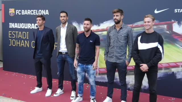 sergi roberto sergio busquets lionel messi gerard pique and frenkie de jong looks on prior to the friendly match between fc barcelona u19 and ajax... - lionel messi stock videos and b-roll footage