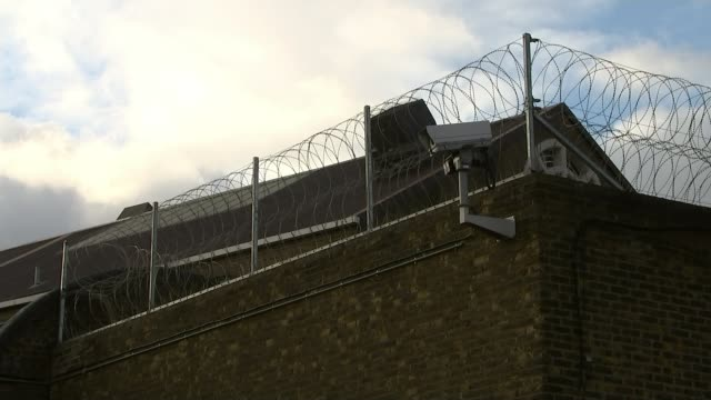 Government not to appeal release decision R03101504 / 3102015 ENGLAND London EXT Various views of Wandsworth Prison