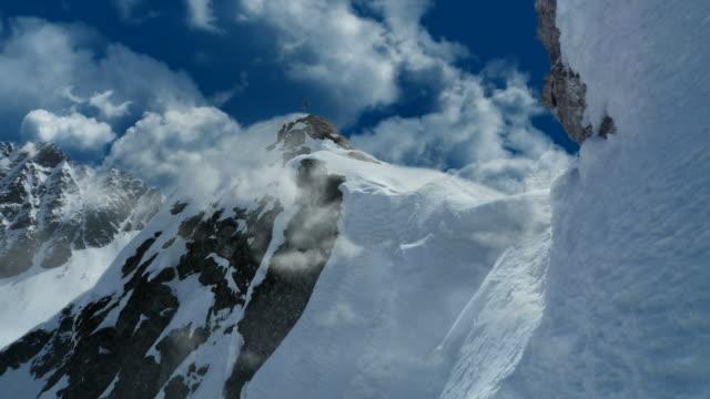 Unendliche Wolken, Schnee-Berge-series_hyperclouds_g12 (Endlos wiederholbar