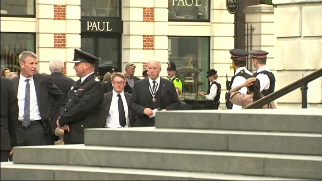 services held to mark 10th anniversary of 7/7 bombings st pauls arrivals england london st paul's cathedral ext general views of arrivals including... - マーガレット・ホッジ点の映像素材/bロール