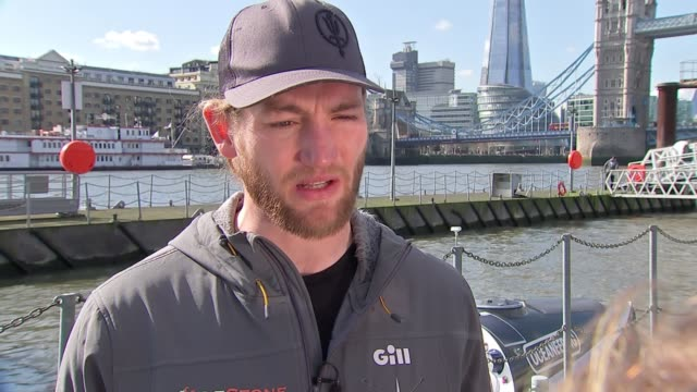 serving and former royal marines to row the atlantic to highlight the dangers of plastic pollution; england: london: ext ian clinton interview sot... - plastförorening bildbanksvideor och videomaterial från bakom kulisserna