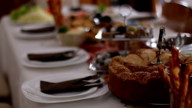 serving of table - tavolo video stock e b–roll